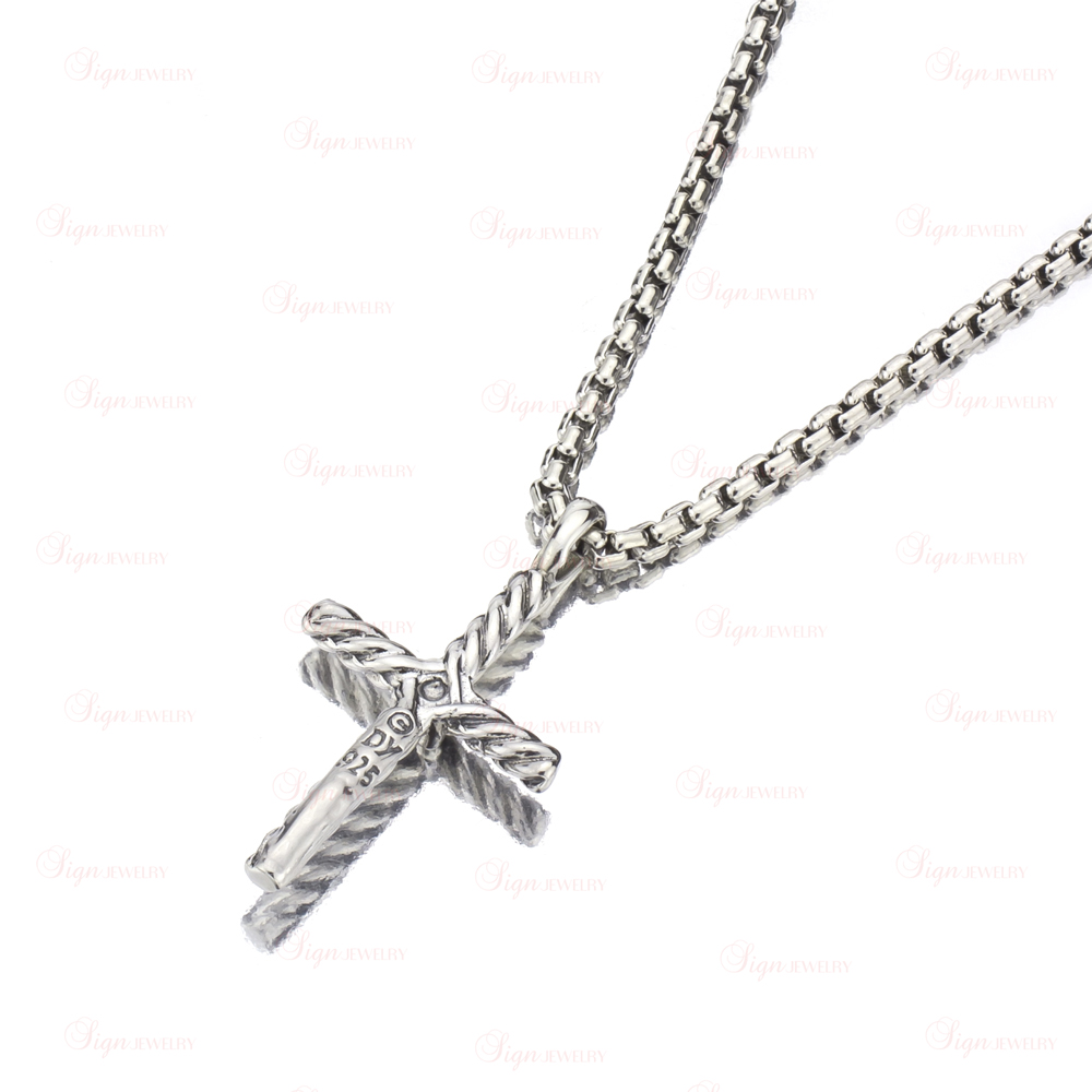 d440af3c0c97 DAVID YURMAN Cable Classic Silver Diamond Cross Pendant Necklace