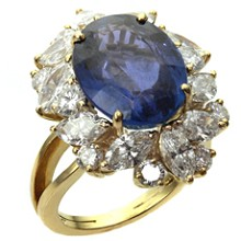 Diamond Blue Oval Sapphire 18k Yellow Gold Ring GIA