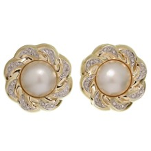 Diamond Mother-of-Pearl 14k Yellow Gold Floral Earrings