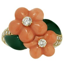 VAN CLEEF & ARPELS Diamond Coral Chrisophrase 18k Gold Flower Ring