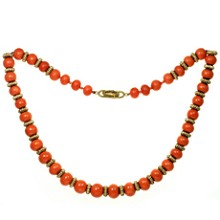 VAN CLEEF & ARPELS 18k Yellow Gold Coral Bead Necklace 1960s