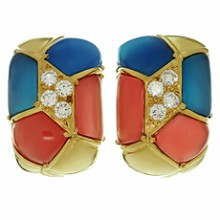 VAN CLEEF & ARPELS Diamond Blue & Pink Agate 18k Yellow Gold Clip-on Earrings