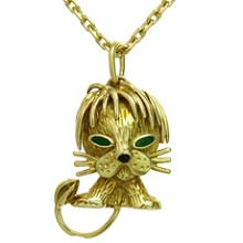 VAN CLEEF & ARPELS Emerald 18k Yellow Gold Lion Pendant Necklace