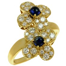 VAN CLEEF & ARPELS Trefle Diamond Sapphire 18k Yellow Gold Double Flower Ring