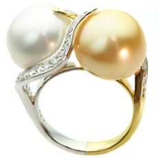 Diamond White & Yellow South Sea Pearl 18k Two-Tone Gold Ring