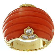 CHRISTIAN DIOR Natural Coral Diamond 18k Yellow Gold Ring