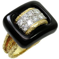 VAN CLEEF & ARPELS Diamond Black Onyx 18k Textured Yellow Gold Ring