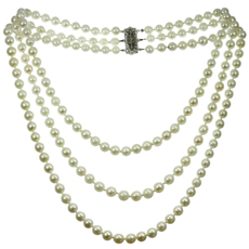 White Gold Clasp Three-Row Cultured Pearl Neckalce