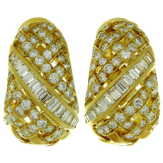 TIFFANY & CO. Vannerie Diamond 18k Yellow Gold Earrings