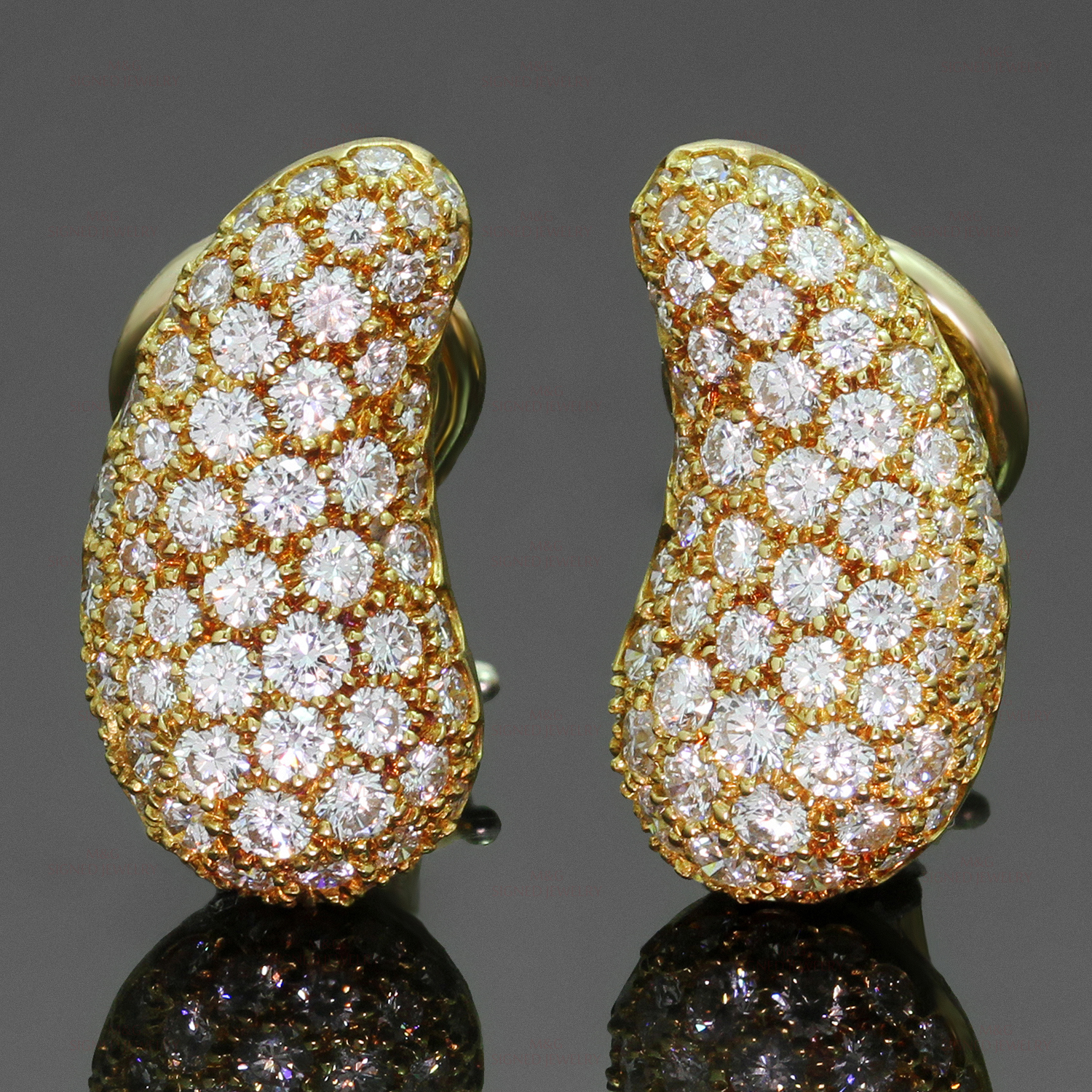 TIFFANY & CO. Elsa Peretti Diamond 18k Yellow Gold Clip-on Bean Earrings