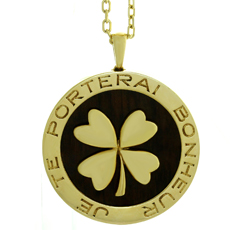 VAN CLEEF & ARPELS Lucky Clover Wood 18k Yellow Gold Pendant Necklace