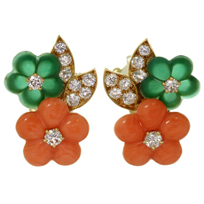 VAN CLEEF & ARPELS Diamond Coral Chalcedony 18k Yellow Gold Flower Earrings