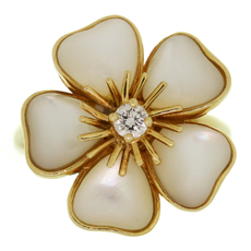 VAN CLEEF & ARPELS Nerval Diamond White Mother-of-Pearl 18k Yellow Gold Flower Ring