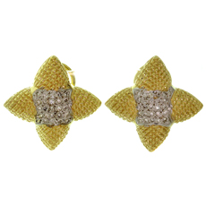 Pave Diamond Textured 14k Yellow Gold Star Earrings