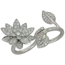 VAN CLEEF & ARPELS Lotus Between the Finger Diamond 18k White Gold Ring