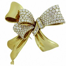 CHAUMET Diamond 18k Yellow Gold Bow Brooch Pin