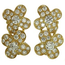 VAN CLEEF & ARPELS Trefle Diamond 18k Yellow Gold Flower Earrings