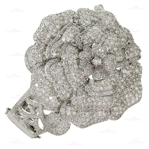 Diamond 18k White Gold Attributed to CHANEL Flower Bracelet